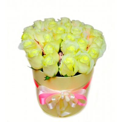 Цветочки в коробке в ассортименте